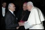 Dr. Mario Molina con Pontifice Benedicto XVI