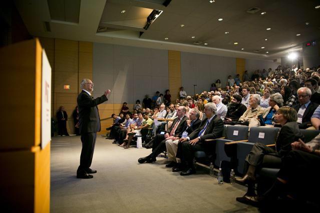 Dr. Mario Molina. Foto de: Dominick Reuter